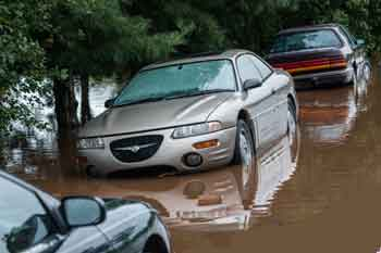 flood-cars2.jpg